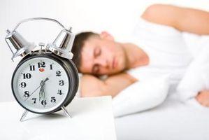 Wie loswerden von Säcke unter den Augen, aus Mangel an Schlaf