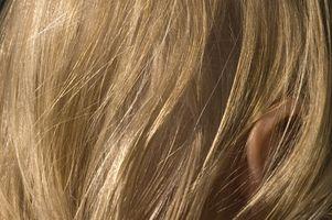 Wie graue Haare Blonde mit Kurkuma färben / Swisscamping.com