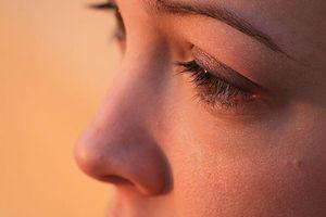 Wie loswerden von dunkle Ringe unter den Augen