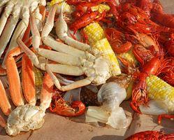 So reinigen Sie das Chaos nach dem Essen Krabben
