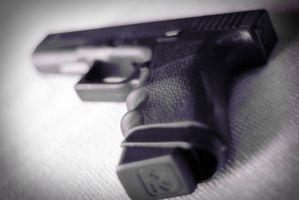 Wie installiere ich einen Trijicon Tritium Nacht Anblick auf eine Glock 27