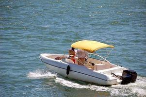 Wie installiere ich einen Angelrute-Inhaber auf ein GfK-Boot