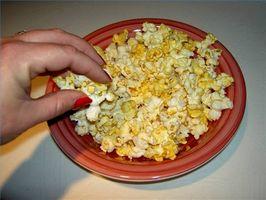Wie man Popcorn in Olivenöl Kochen?