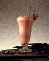 Erstellen Sie eine Erdbeere Smoothie