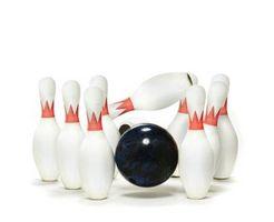 Wie eine Bowlingkugel & Bowling Pins Geburtstagskuchen machen