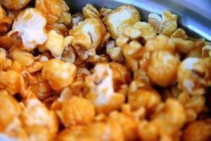 Wie man Honig Popcorn machen
