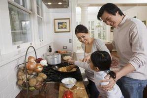Gewürze, die für asiatische Speisen mischen