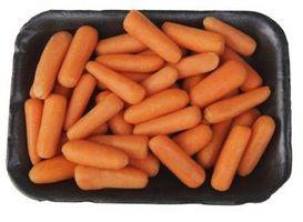 Gewusst wie: Taschen von Baby-Karotten Einfrieren