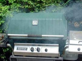 Gewusst wie: Rauchen Fleisch mit Holz-Chips auf ein Propan-Grill