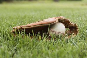 Wie man eine Kurve Ball oder brechen Pitch zu werfen