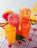 Wie man alkoholfreie Sommer-Drinks