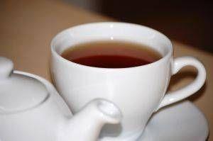 Wie man steile Teeblätter