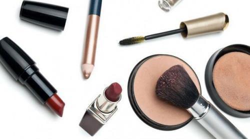 Gewusst wie: Aktualisieren von Make-up für den Herbst