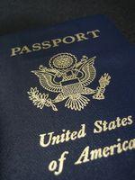 Wie ein Mädchenname der Ehename auf einem Pass hinzugefügt