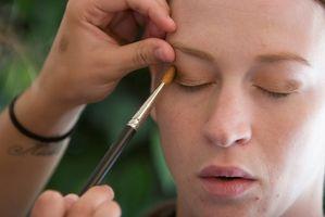 Gewusst wie: Make-up für empfindliche Haut & Kontaktallergien zu tun