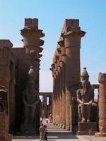 Wie mithilfe von alten ägyptischen Beauty-Tricks der Cleopatra