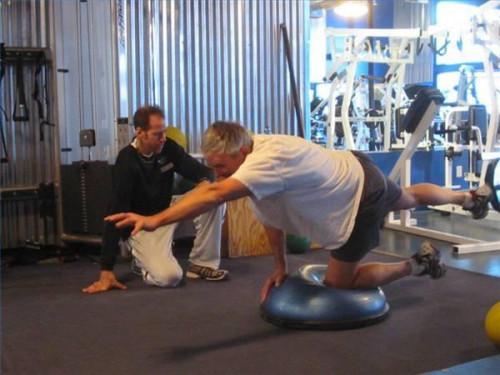 Gewusst wie: zurück zu Hause ohne Gewichte Muskelaufbau