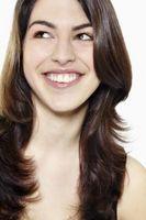 Möglichkeiten, um gesundes Haar für fettige Haut