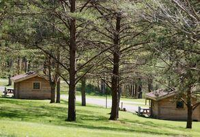 Kabinen mit roten Herzen Whirlpools in Pigeon Forge, Tennessee