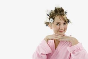Wie setzen Sie Ihr Haar in Mesh-Lockenwickler