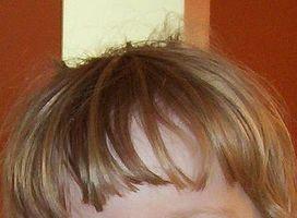 Wie Sie Ihr Haar zu formatieren, wenn heraus Bangs wachsen
