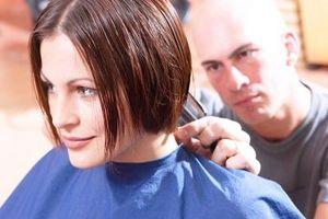 Haarschnitte für Mädchen mit kurzen Haaren & Schichten